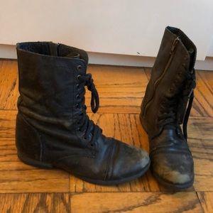 TROOPA Steve Madden distressed black combat boots